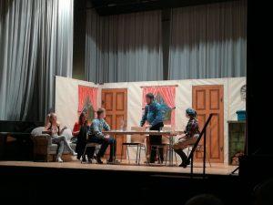 Jenny (Carmen Laichinger), Susanne (Monic Moll), Eugen (Tobias Leiz), Opa (Bernd Laichinger) und Ros